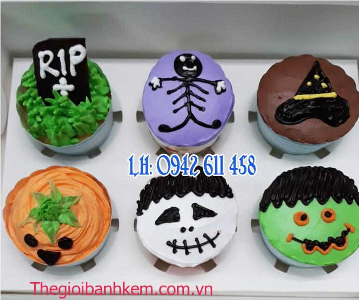 Bánh cupcake Mã CC12