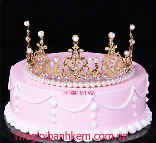 Bánh kem vương miện Mã B5427